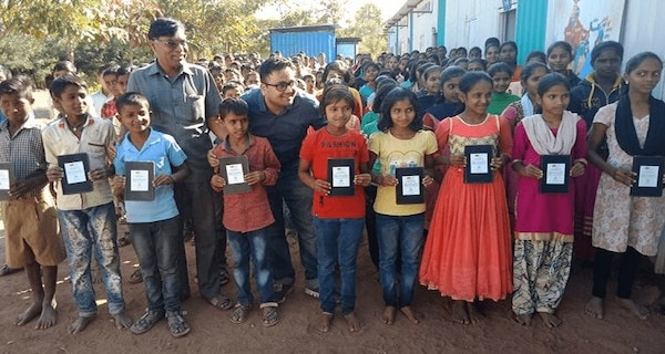 Students with Tablets